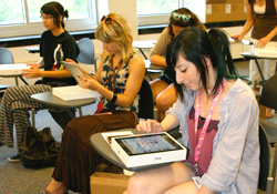 iPad<sup>&reg;</sup> Devices Distributed to New Students